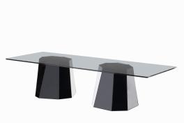 "Table basse "" W1"" de Victoria Wilmotte en verre, L 150 x P 55 x H 35cm, COEDITION, http://www.coedition.fr/"