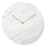 """Horloge de Norm Architects """"Marble wall clock"""" en marbre de 30 cm de diamétre, 240€, Menu"""