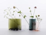 """Vases """"Ruutu"""", design Ronan et Erwan Bouroullec, en verre soufflé, collection de 10 vases, existe en 5 tailles et 7 couleurs. Entre 99€ et 289€, Iittala. © Iittala"""