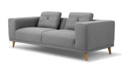 "Canapé ""Welly"" avec piètement en chêne, L 223 x P100 x H 78 cm. 2 180€ en tissu simple et 2 800€ en tissu Kvadrat, Eno Studio. ©Eno Studio"