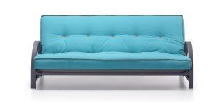"""Canapé lit """"Fusion"""" convertible, mécanisme clic-clac, avec sommier en lattes et futon de polyurethane et coton. Structure métallique. Mesure lit 130x195 cm. 364€, Kave Home"""