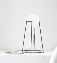 Lampe Agraffe de Giulia Agnoletto, ENO Studio