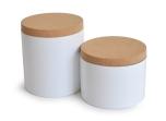 Boites en bambou avec couvercle en liège, ø 15x10 cm et ø 15x15 cm. 23 € et 28 €, Ekobo