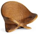 Fauteuil Lotus en rotin, l 68 cm x H 97 cm x P 72 cm, 129 €, Nature & Découvertes