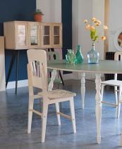 Mélange des style, chaise Ernest. 135€, Blomkal