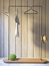 Porte manteau, 790€, Kan Design